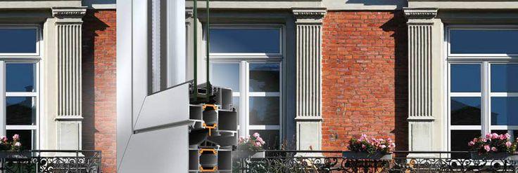 Pi di 25 fantastiche idee su finestre a battente su for Finestre a bilico verticale