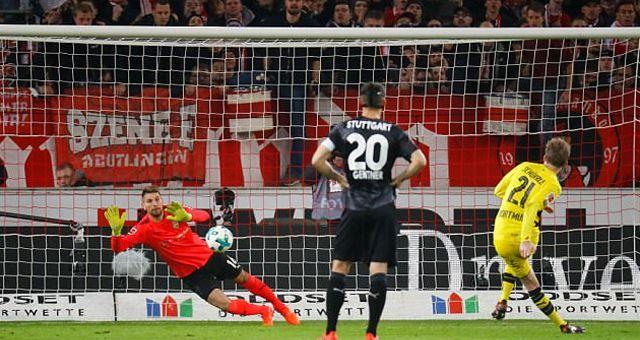 Cuplikan Gol Bundesliga: VfB Stuttgart 2 – 1 Borussia Dortmund