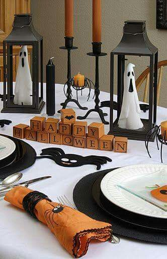 i like the lanterns with the ghosts inside halloween table decorationshalloween lanternshalloween dinnervintage halloweenhappy halloweenhalloween - Halloween Table Decoration