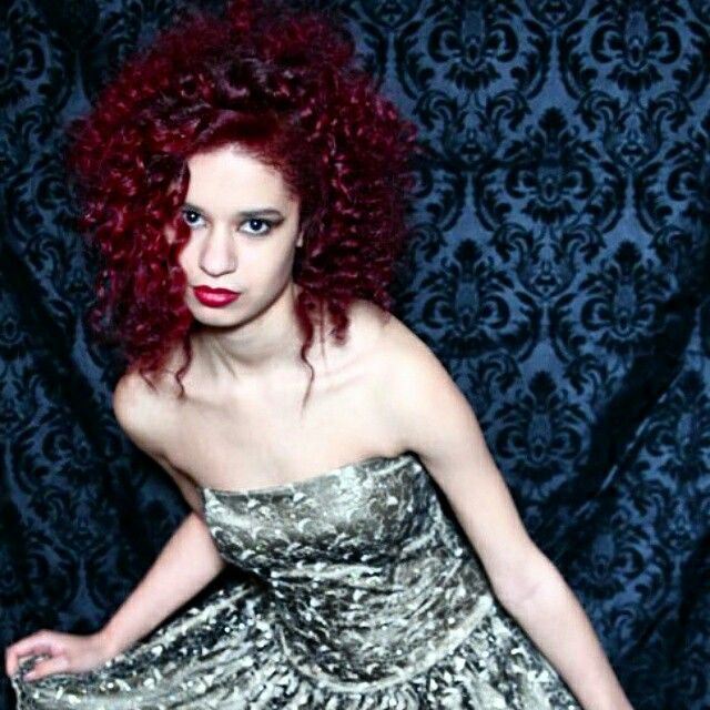 Scruples Illusionist Red Hair Model: Linnea