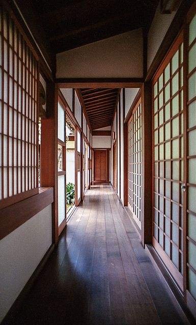 Japanese corridor..would love to stay in a house like this