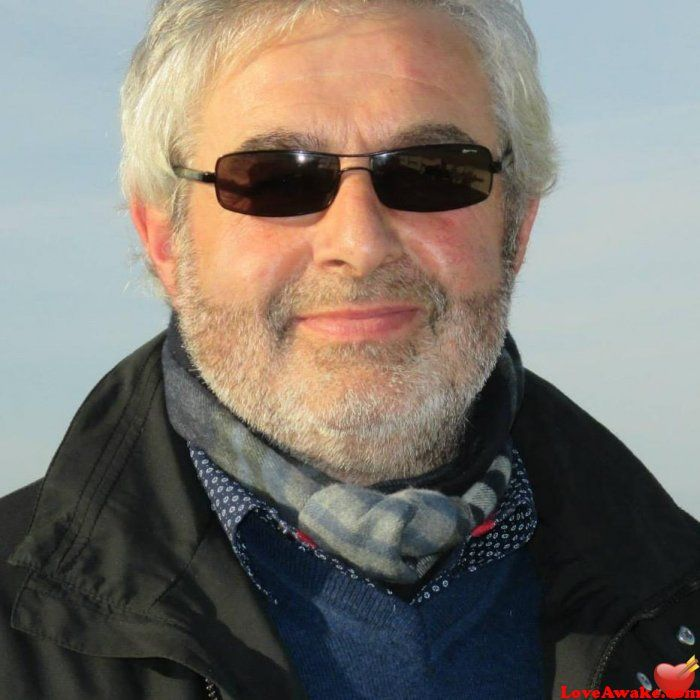 Ruzicbojan: I am a man who is ambitious, optimistic, playful, | 51 y.o, United Kingdom, Leeds | Sagittarius | Nigerian scammer 419 | romance scams | dating profile with fake picture