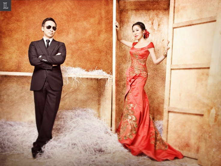 Stunning in red #prewedding #photo #red #nuance #theme #inspiration