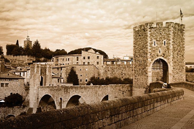 старая крепость Испания