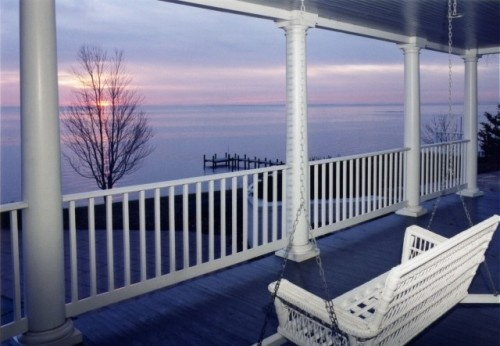 Can you imagine having such a gorgeous view from your porch? I always hope the people who actually live in these amazing places truly appreciate what they have...