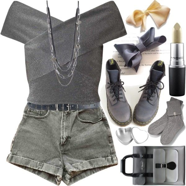 A fashion look from February 2017 featuring Miss Selfridge tops, American Apparel shorts and UGG socks. Browse and shop related looks.