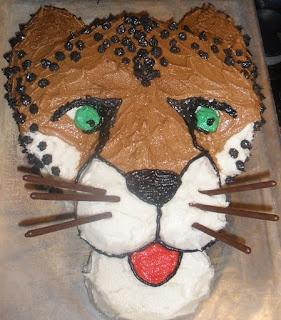 Fun Foods: Cheetah Cakes