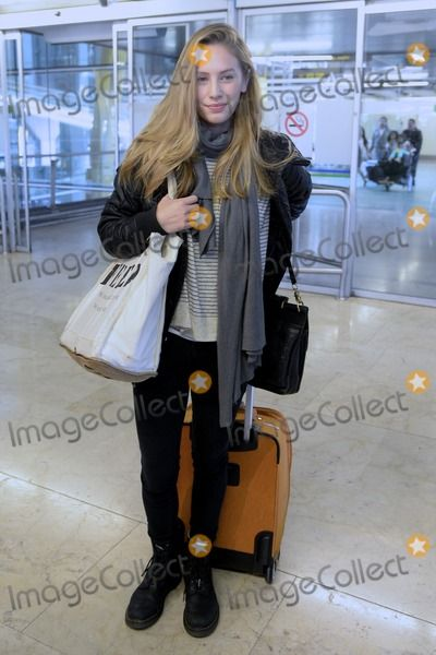 Dylan Penn @ Madrid airport
