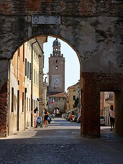 western gate of the old historical centre; Castelfranco Veneto, Italy