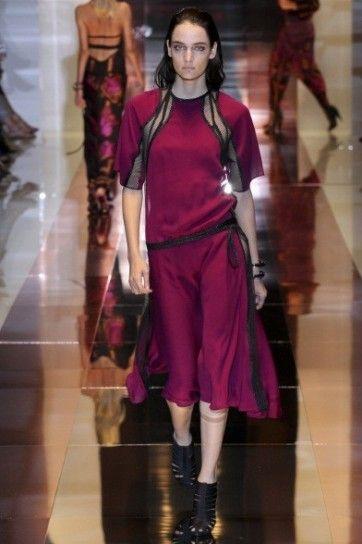 Abito fucsia con dettagli neri Gucci Primavera-Estate 2014