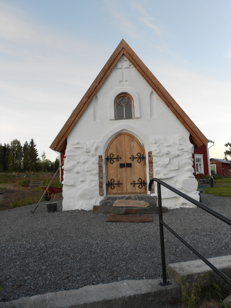 Small stone church in Finland as a tourist destination  Finland's smallest stone church can be found in Kokkola Yli-Sokoja.Pyhtää scale model of a stone church building is a spouse's 50 year birthdaygift to her husband .
