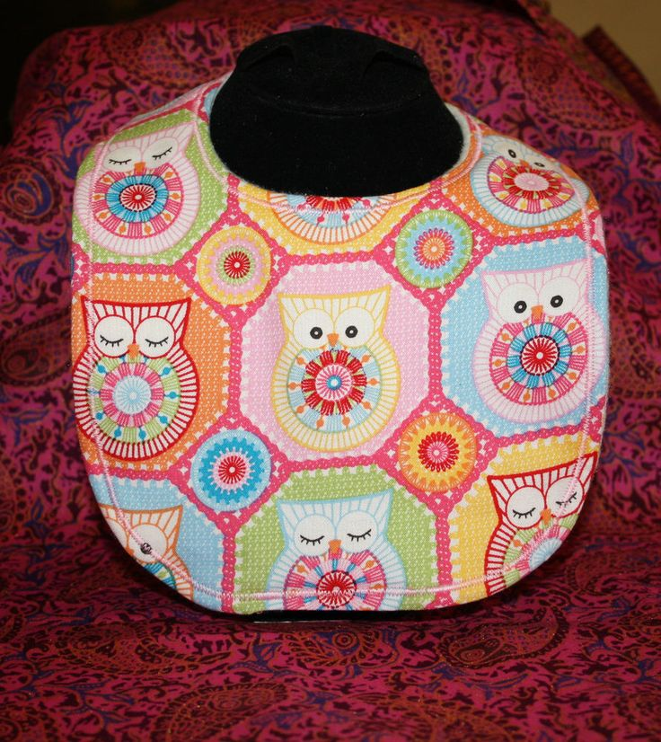 New Handmade Baby Traditional Style Bib - Owls Pink