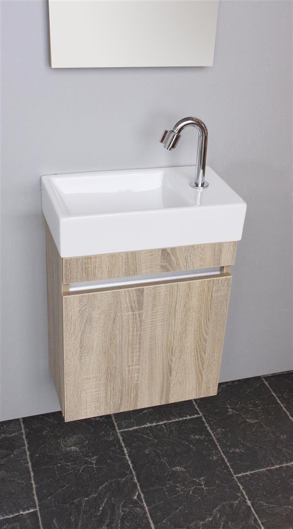 kleines badezimmer eckablagen erfassung bild der fbeddeaeefc