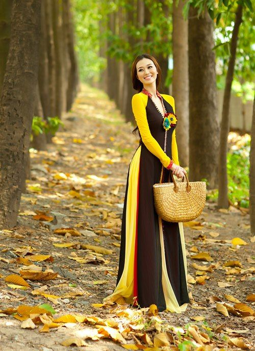 Vietnamese Traditional Dress - Imgur