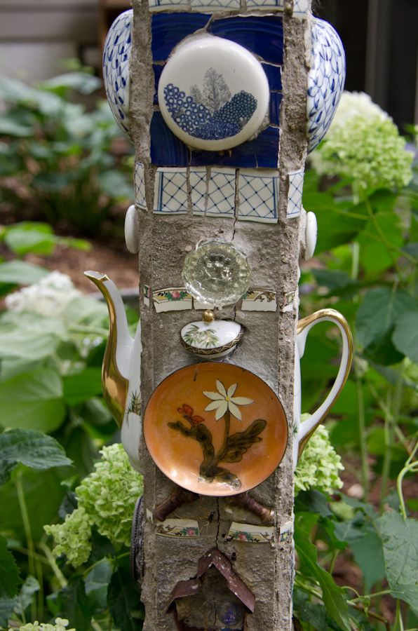 A different spin on the Garden Totem - cast offs  concrete- love this!