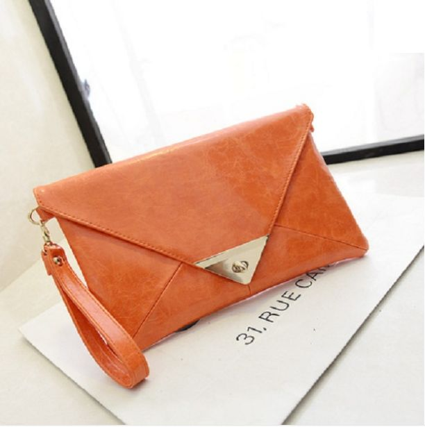 Chain shoulder orange bag