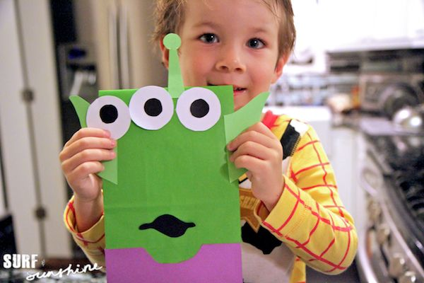 DIY Disney Toy Story Alien Craft: Party Favor Bags