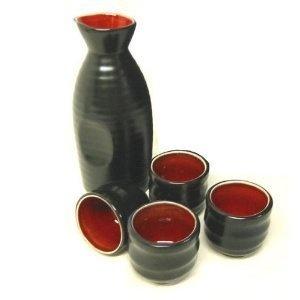 Red and black sake set