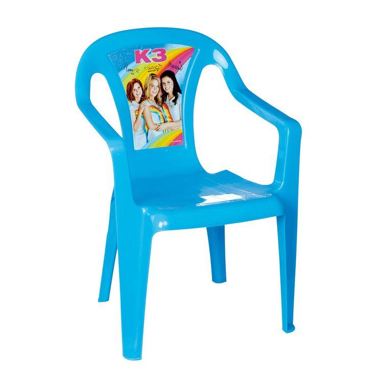 Als een ware prinses op haar troon, zo zit jij op deze K3 Plastic Stoel. Met een super leuke afbeelding van Hanne, Klaasje en Marthe en een prachtige blauwe kleur is deze stoel echt perfect voor jou, kleine K3 fan! Afmeting: 37 x 39 x 52 cm. - K3 Plastic Stoel