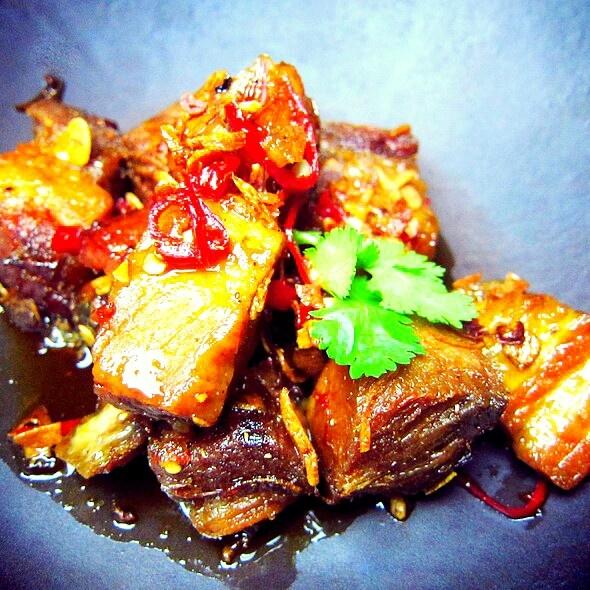 Kalau ga salah namanya Pork Knuckle, SKYE Bar & Reetsurant, Jakarta