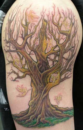 top 20 ideas about tree tatoos on pinterest trees tree of life tattoos and amazing tattoos. Black Bedroom Furniture Sets. Home Design Ideas