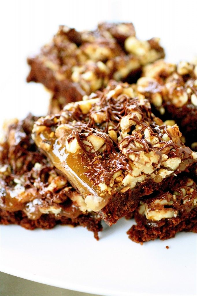 Turtle Brownies | The Curvy Carrot Turtle Brownies | Healthy and ...