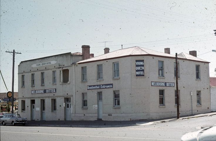 Young Queen Hotel: cnr Moorabool and Little Fyans Streets, South Geelong [south west corner]