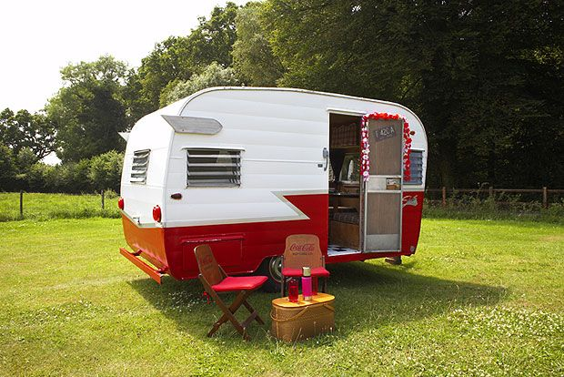 """""""Shasta made mobile homes and trailers for more than 60 years. It started out making trailer homes for the US armed forces in 1941 and by the mid-1950s the boom in mobile homes and travel trailers in the States was in full swing."""" Tiny Trailers & Vintage Campers <O>"""
