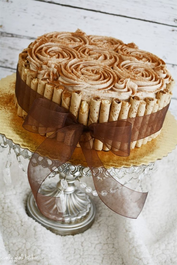 Snickerdoodle Cake.  Sounds great, looks beautiful.  I would love to see specific directions on how to frost the cake.