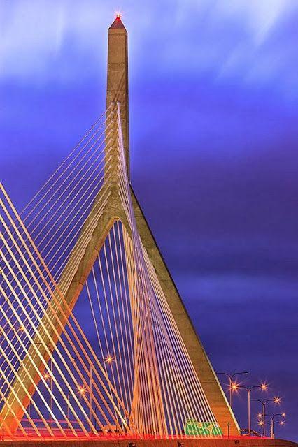 Bunker Hill / Zakim Bridge – Boston – USA