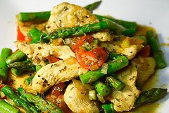 Thai Basal Chicken and Vegetable Stir Fry: Negative Calorie Food Recipe