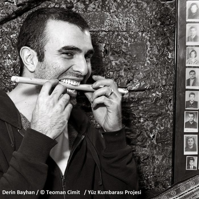 Derin Bayhan / © Teoman Cimit / Yüz Kumbarası Projesi