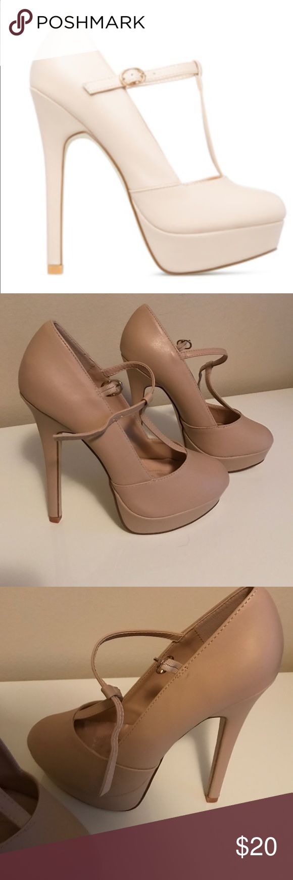 Rachelle nude platform heels NWOT NWOT Nude high heels. Has a platform in the front. So cute and sweet but sexy! They have only been worn once for dunce minutes to try them on. Nothing is wrong with them. The heel is just too high for me. Would look cute with jeans or a dress -really anything would look good with them because they are neutral. signature Shoes Platforms