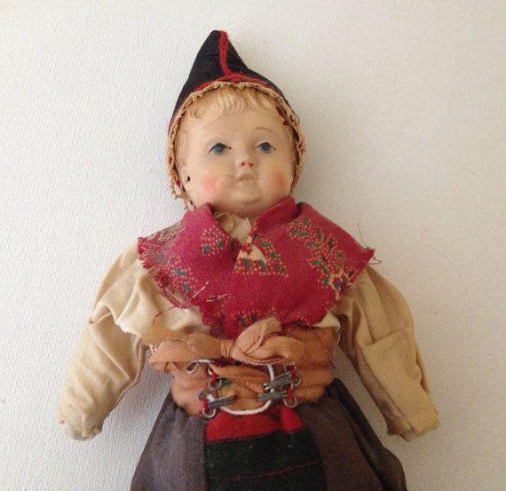 """Vintage  Kimport Doll- Dressed Sweden Costume 11"""""""