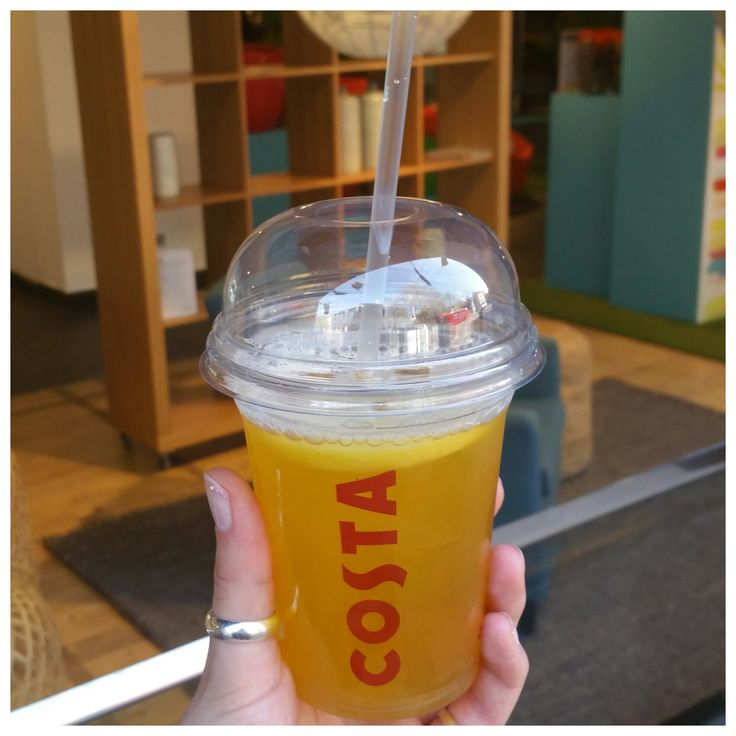 An iced peach lemonade from #CostaCoffee... super refreshing!