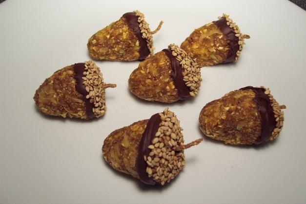 "Acorn Bites: a fun, healthy, no-bake,""fall"" snack"