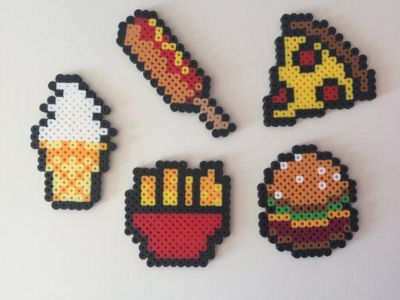 Fast Food: Hamburger, patatine fritte, Pizza, mais cane, gelato Perler Bead