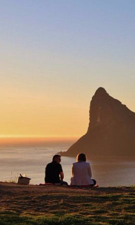 Who says you need to learn in a classroom? Here are 5 fun & offbeat ways to #LearnEnglish in #CapeTown.