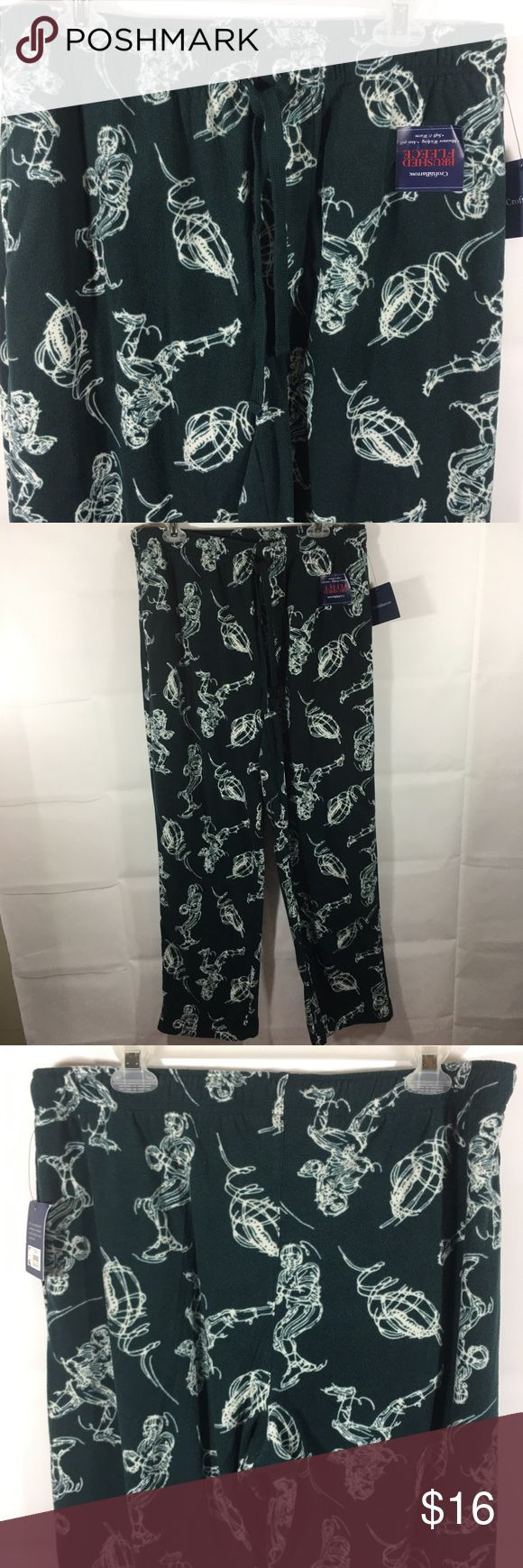 Croft & Barrow Football Sleep Pants Medium New Croft & Barrow men's sleep pants/lounge pants size medium new with tags retail price $24.00 green with footballs and football players brushed fleece, open fly, drawstring waist stretch waist 31 inch inseam croft & barrow Other