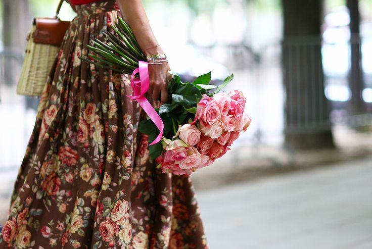 ulyana-sergeenko-couture-2.jpg: Street Fashion, Floral Skirts, Fashion Vintage, Street Style, Birkin Baskets, 60S Vintage, Pink Rose, Floral Dresses, Ulyana Sergeenko