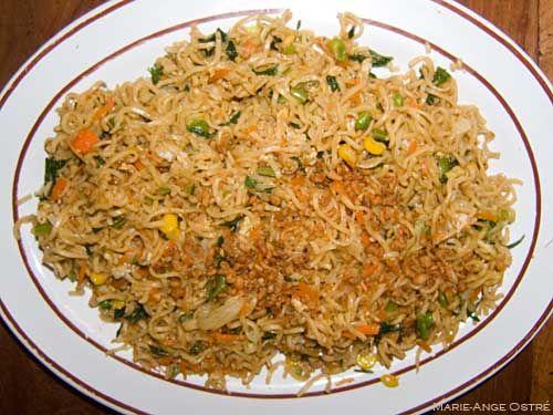 Recettes indonésiennes du nasi goreng et mi goreng