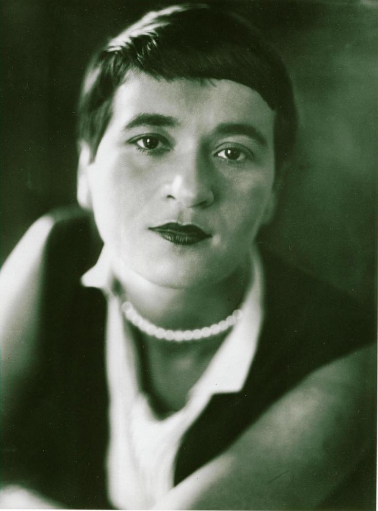 Lotte Jacobi: Valeska Gert um 1930