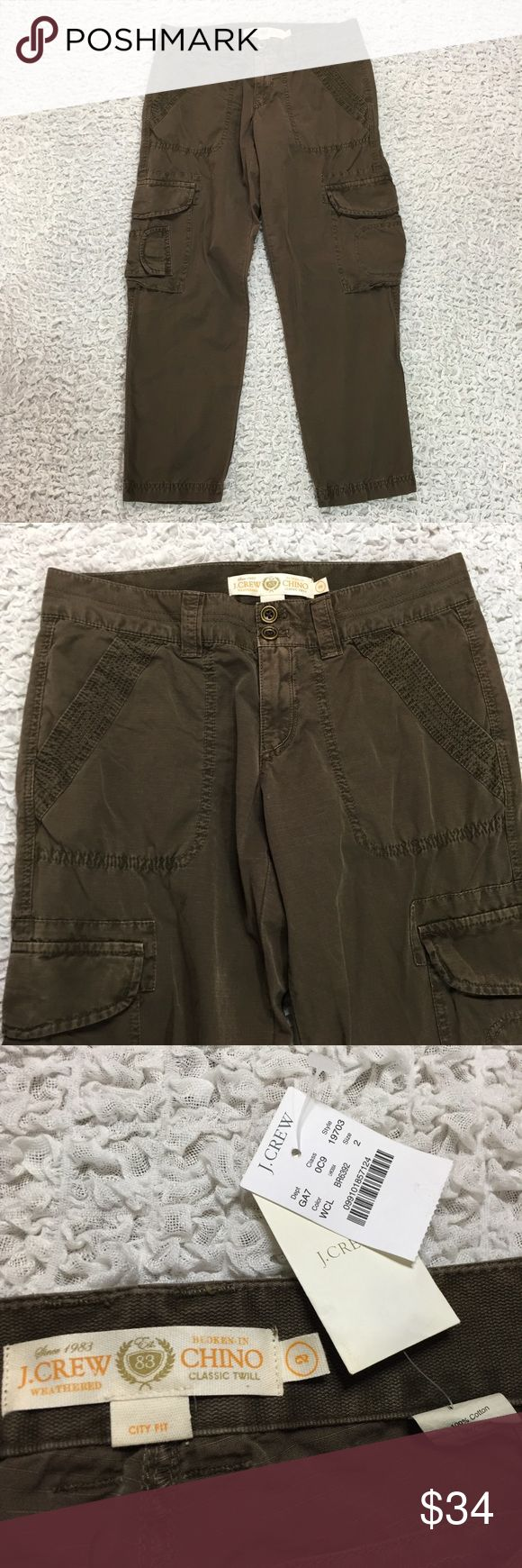 J. Crew city fit broken in chino crop pants 2 NWT J. Crew weathered broken in chino classic twill city fit cropped pants size 2. Price part of the tag is missing. Approximate flat measurements: waist 14.5in, length 33in, inseam 25.5in, front rise 8in. J. Crew Pants Ankle & Cropped