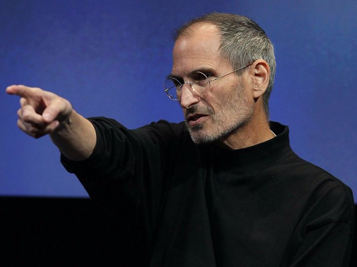 'This isn't good enough'  Steve Jobs gave the original iPhone design team a 2-week ultimatum (AAPL) #Correctrade #Trading #News