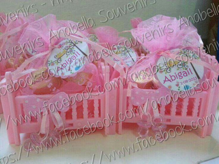 Cunitas con chocolates recuerdito de baby shower o nacimiento.