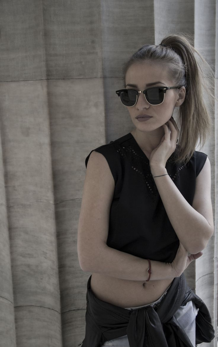Our CUTCUUTUR Combo Cropped Tshirt as shown by the sistyles.com girls   / bloggers in cutcuutur laser cut apparel /