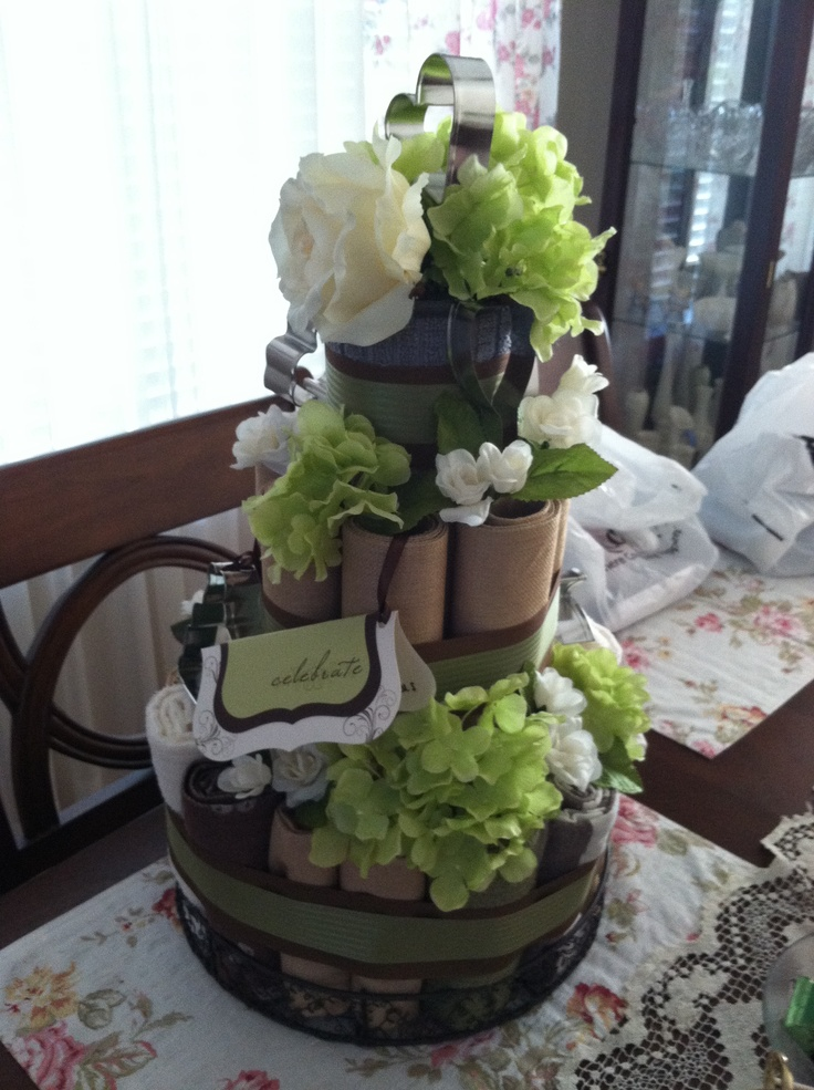 may 13 a favorite diy project wedding shower towel cake complete with napkins placemats. Black Bedroom Furniture Sets. Home Design Ideas