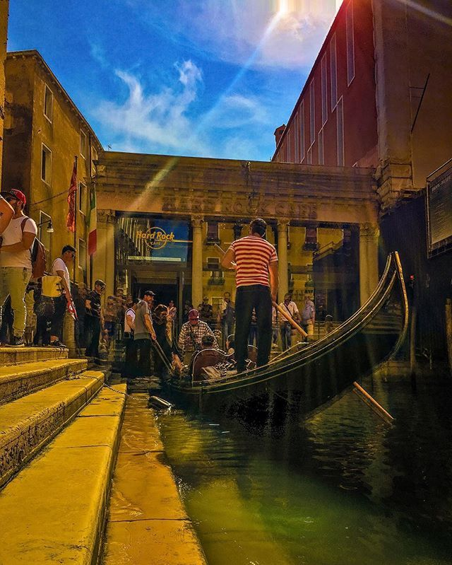 A Gondola comes to Hard Rock Cafe ................. (San Marco, Venice, Italy)  #instadaily #photooftheday #instapic #instagood #instaphoto #photography #travels #instatravel #travelphotographer #travelblogger #traveltheworld #Italy #venice #sanmarco #seetheworld #adventuresintravel #europetravel #venicelife #gondolarides #gondolacharm #hardrockcafe # venicetourists #canalsofvenice #ig_photo #ig_travel #streetphotography #traveleurope by @dulalullah.  #pic #picture #photos #photograph #foto…