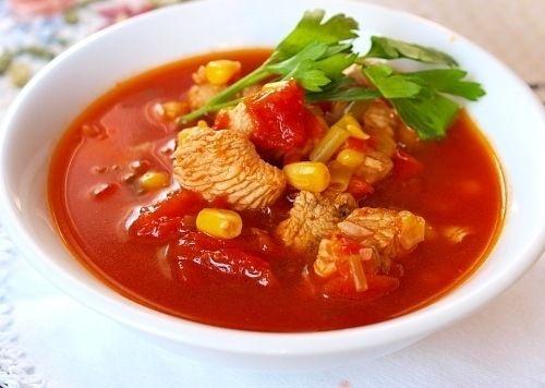 Чили томатный суп с фасолью