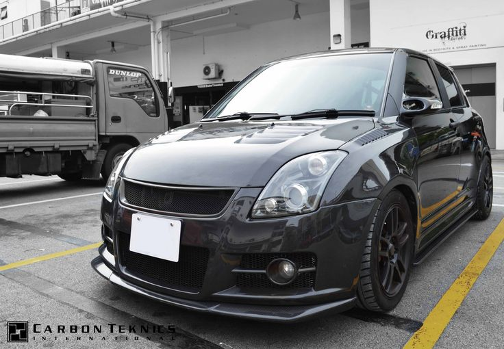 July 2014, Full carbon swift sports with TM style carbon fenders, CS style carbon hood and many other parts. Picture 06